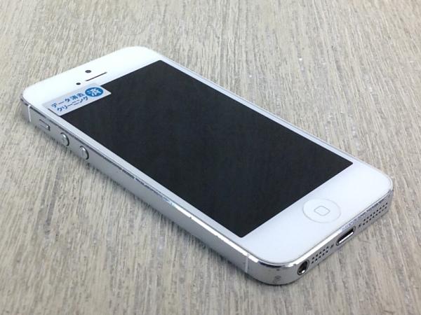 SoftBank iPhone5[32GB] ホワイト&シルバー【安心保証】_画像4