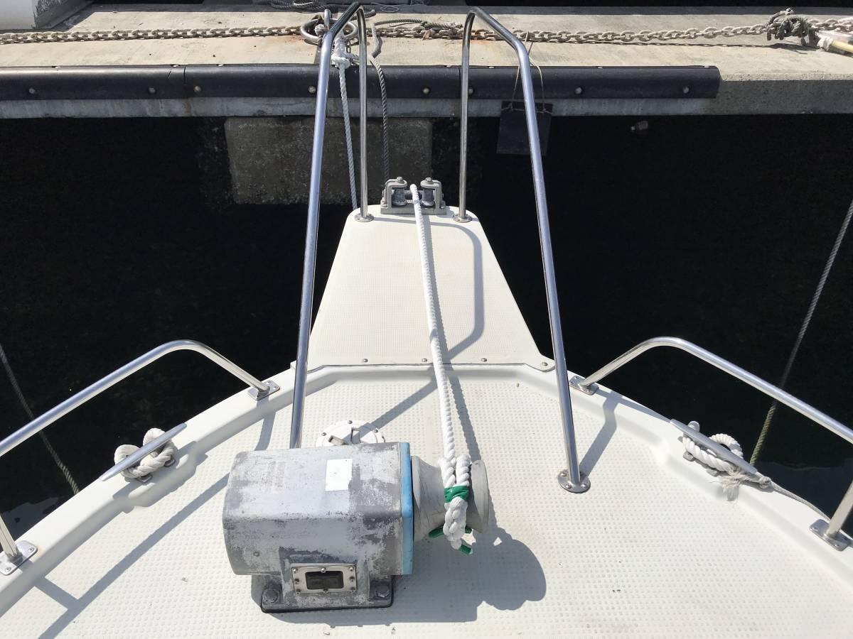 中古艇・ヤマハ UF23Ⅲ・エンジン新品・F130に2月に換装・油圧ステアリング・リモコンボックス・リモコンケーブル操舵装置を新品に交換。_画像2