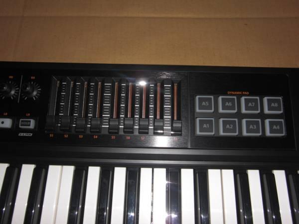 Roland A-500 PRO 極上美品! 49鍵盤! 高級機種! MIDI KEYBOARD キーボード コントローラー DTM ローランド シンセサイザー SYNTHESIZER _画像3