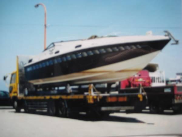 パワーボート不動船体とエンジン二機丸ごと売却 最終売り切り _画像1