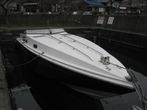 パワーボート不動船体とエンジン二機丸ごと売却 最終売り切り _画像3